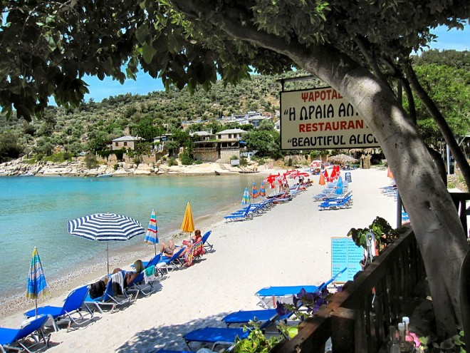 Flickr_-_ronsaunders47_-_ALIKI_BEACH._THASSOS._GREECE._(1)